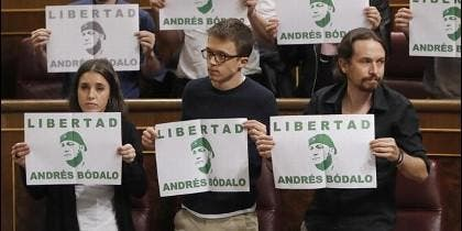 Podemos defendiendo al matratador Andrés Bódalo.