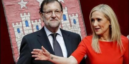 Mariano Rajoy y Cristina Cifuentes (PP).