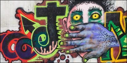 Un graffiti sobre la violencia y el odio.