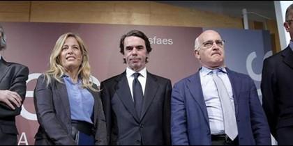 Piqué, Aznar y Gallardón en el acto de Faes.