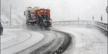 Protección civil alerta sobre el riesgo de nevadas en la Comunidad
