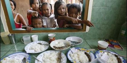 Niños pasan hambre