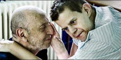 Aberasturi con su hijo Cris, afectado por una parálisis cerebral