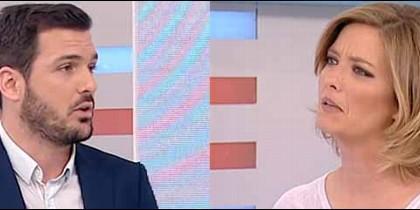 El economista Eduardo Garzón y la presentadora María Casado.