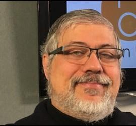 Peio Sánchez, sacerdote barcelonés
