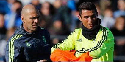 Zinedine Zidane frena un plante de Cristiano Ronaldo al Real Madrid