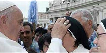 El Papa bendijo a Sor Lucía