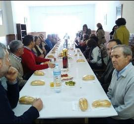 Comida en el Encuentro de Cáritas y Acción Católica en Badajoz