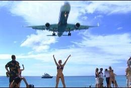 Avión, turismo, playa, viaje y aeropuerto.