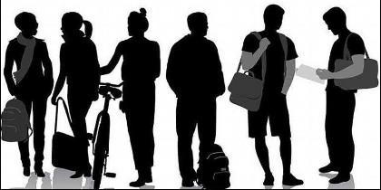 Gente, turista, estudiante.