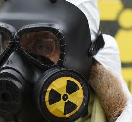Máscara y peligro nuclear