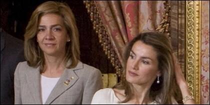 La Infanta Cristina con su cuñada, la Reina Letizia.