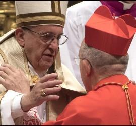 El cardenal Osoro, con el Papa