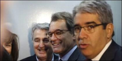 Artur Mas (C) con Francesc Homs (D).
