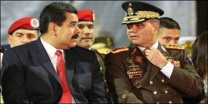 Nicolás Maduro, y Vladimir Padrino López