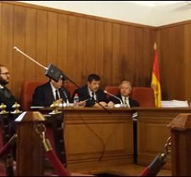 El padre Román, ante el tribunal