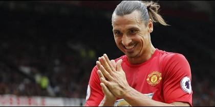 La oferta de récord para sacar a Ibrahimovic del Manchester United (y no viene de China)