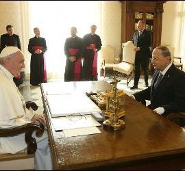 El Papa, con el presidente de Líbano