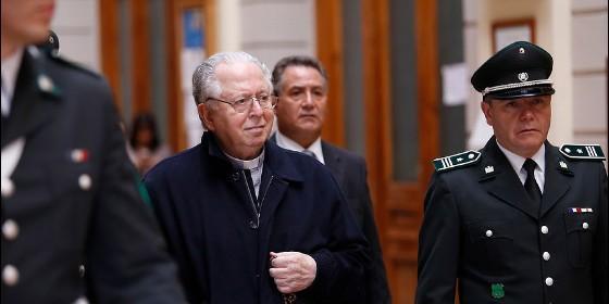 Iglesia chilena a indemniza a víctimas de Karadima
