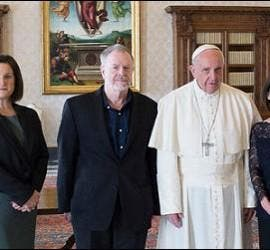 Foto oficial del Papa con los moralistas del CTEWC