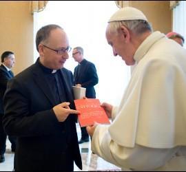 Papa y Spadaro y Civiltá