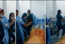 Las enfermeras colombianas bailando en el quirófano