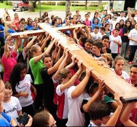 Jóvenes en la Iglesia