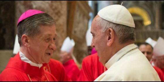 El Papa Francisco con el cardenal Blase Cupich