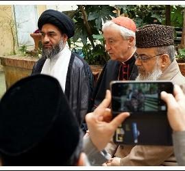 Los líderes musulmanes británicos, con Nichols