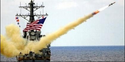Un misil Tomahawk con destino a Siria.