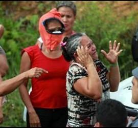 Familiares de los reclusos de Manaos