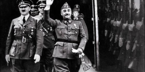 El Caudillo, Francisco Franco, acompañado del líder nazi Adolf Hitler, en Hendaya, 23 de Octubre de 1940.
