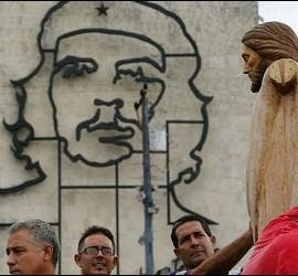 """""""En Cuba es que son muchos bautizados y poco evangelizados"""""""
