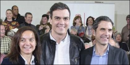 Sara Hernández, alcaldesa de Getafe, Pedro Sánchez (PSOE) y Rodríguez Palacios, alcalde socialista de Alcalá de Henares.