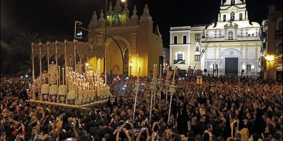 La Madrugá de la Semana Santa de Sevilla.