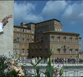Papa Francisco, desde el balcón