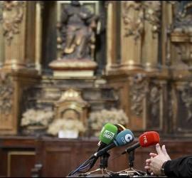 Carga contra los políticos el obispo Munilla