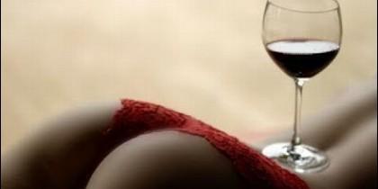 Combinar vino y sexo.