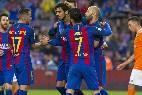 El Barça celebra el gol de André Gomes.