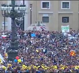 Decenas de miles de miembros de la Acción Católica llenan San Pedro