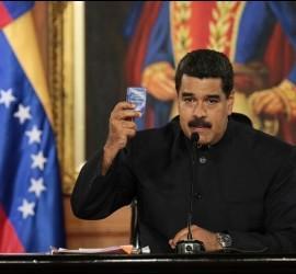 Maduro invocó el artículo 347 de la actual Constitución para llamar a una Constituyente que dijo será 'chavista'