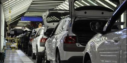 Fábrica automóviles