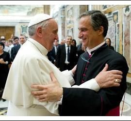 El Papa, con Darío Viganó