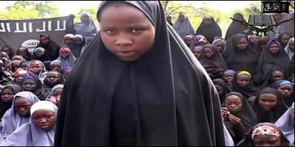 Niñas nigerianas secuestradas por los terroristas islamistas de Boko Haram.