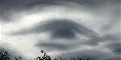 Uno de los misterioso 'ojos' que aparecen en el cielo de Rurisa.