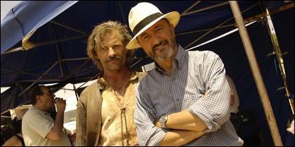 Viggo Mortensen y Arturo Pérez-Reverte.