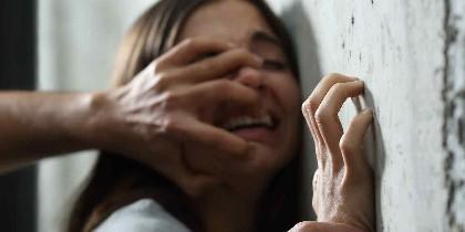 Violación, agresión sexual y violencia.