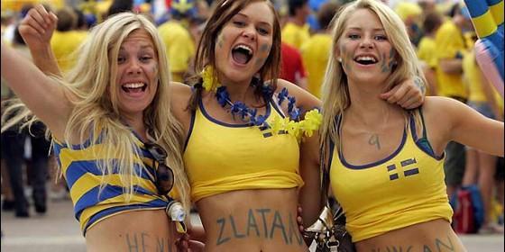 Hinchas de fútbol suecas, muy sexy.