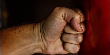 Violencia, pelea, fuerza.