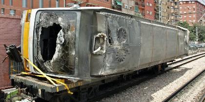 Uno d elos vagones del Metro accidentado en Valencia en 2006.